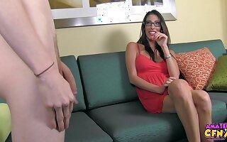 Pornstar Dava Foxx drops on her knees to swell up a long schlong