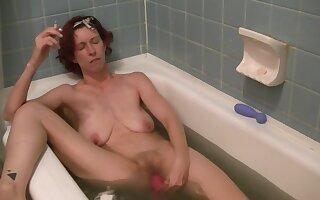 Dirty Bath Bomb Masturbation