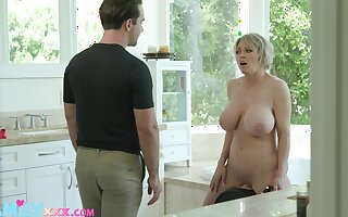 Large fake tits Dee Williams spreads her legs after a shower