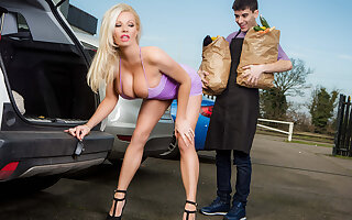 Michelle Thorne & Jordi El Nino Polla in Sneaky Slut Bags The Scoundrel - Brazzers