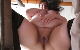 This mature strumpet has some nice big viscera with the addition of she masturbates like a pro