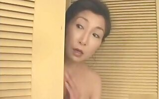 Mature Japanese wife gets fucked in a difficulty bathroom