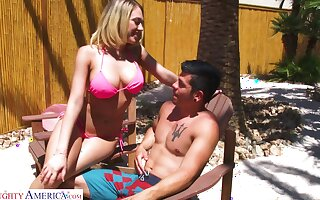 Juggy festival thither bikini Kagney Linn Karter bangs one gay blade wits the poolside